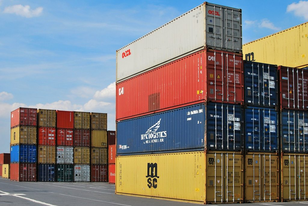 Difference between cargo and freight