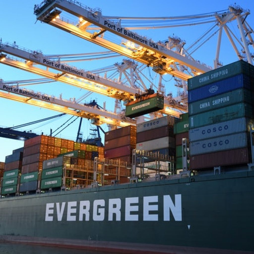 A large freight ship with a lot of containers, representing surprising facts about the shipping industry